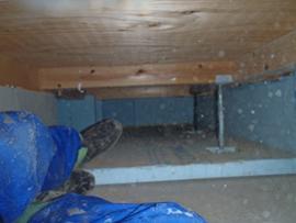 床下の基礎に断熱材